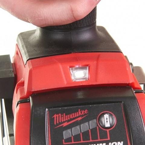 Σετ Milwaukee M18 FPP2E2-502P 18V Κρουστικό Δραπανοκατσάβιδο M18 FPD2, Μπουλουνόκλειδο 1/2'' M18 FMTIWF12 με 2 μπαταρίες λιθίου σε βαλίτσα [4933471147]